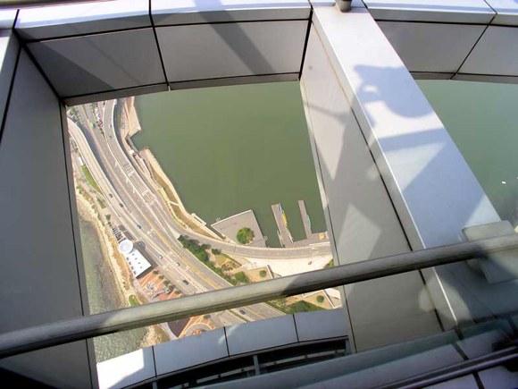 Macau Tower Blick nach unten