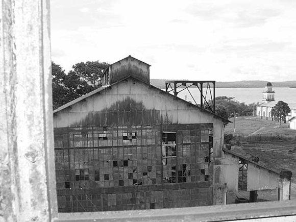 Ruinen Kraftwerk Fordlandia