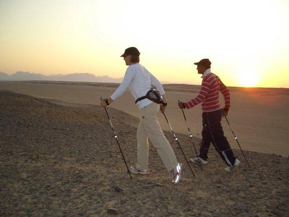 Nordic Walking in der Wüste
