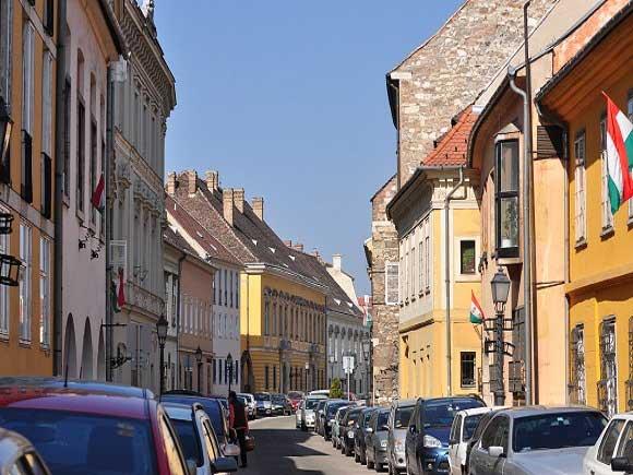 Gasse in Ungarn