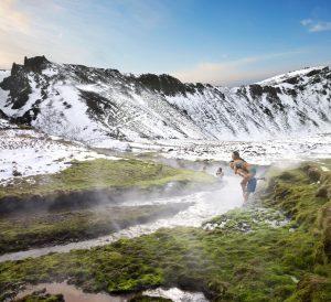 Dank der Kraft der Geothermie gibt es in Island unzählige heiße Quellen - Icelandair