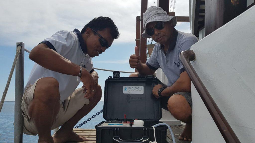 Auto-Sampling-Gerät - Copyright: SeaTrek Sailing Adventures